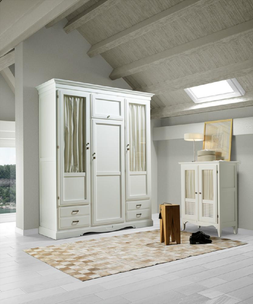 Armario para dormitorio con tres puertas de estilo r stico - Armarios de dormitorio merkamueble ...