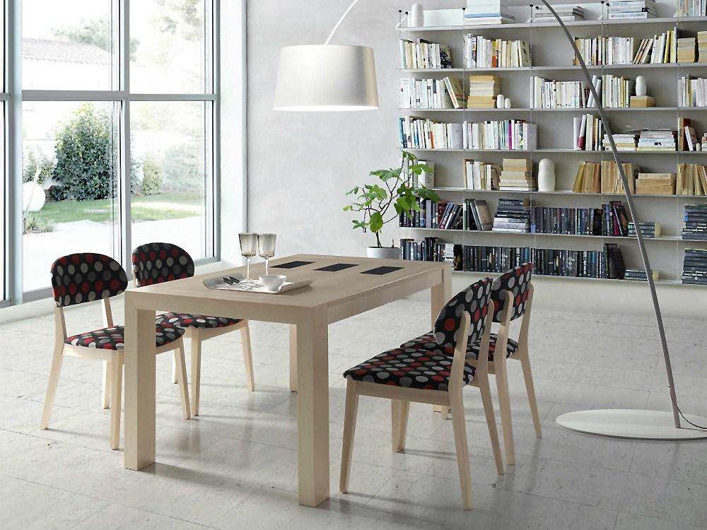 Pack de mesa de comedor y 4 sillas for Comedor 4 sillas moderno