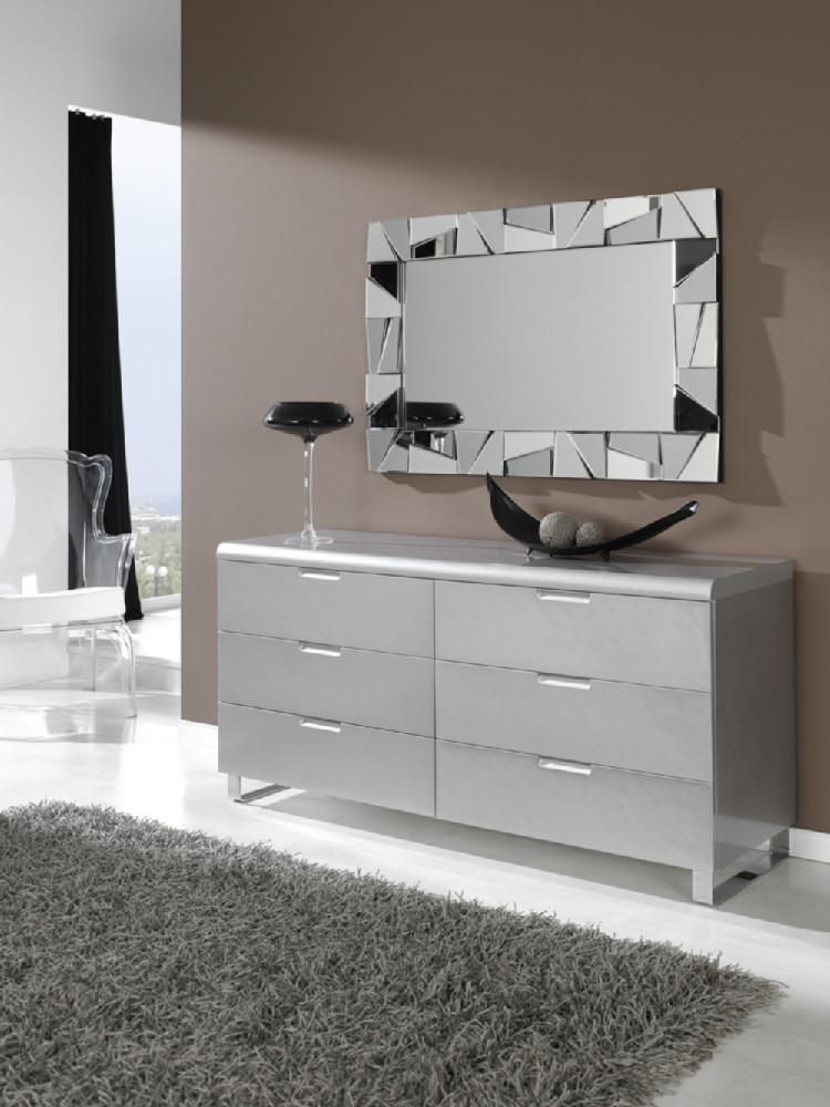 Espejo rectangular de moderno dise o con marco con tri ngulos for Modelos de espejos para sala