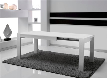 Mesa de comedor extensible en color blanco