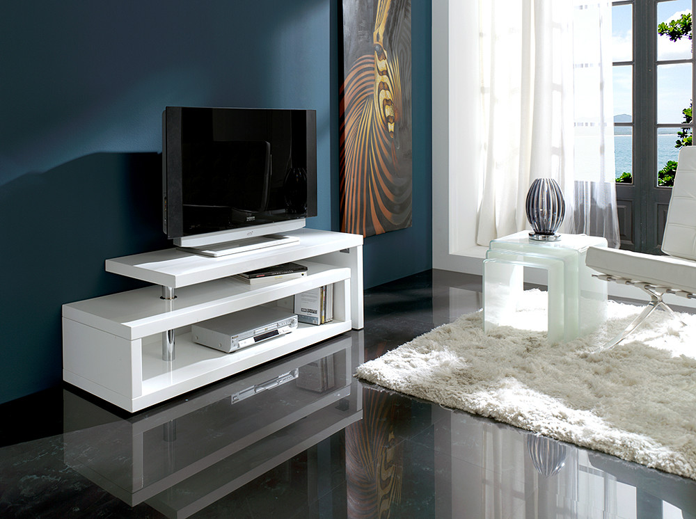 Mesa de tv de estilo moderno for Muebles modernos living para tv