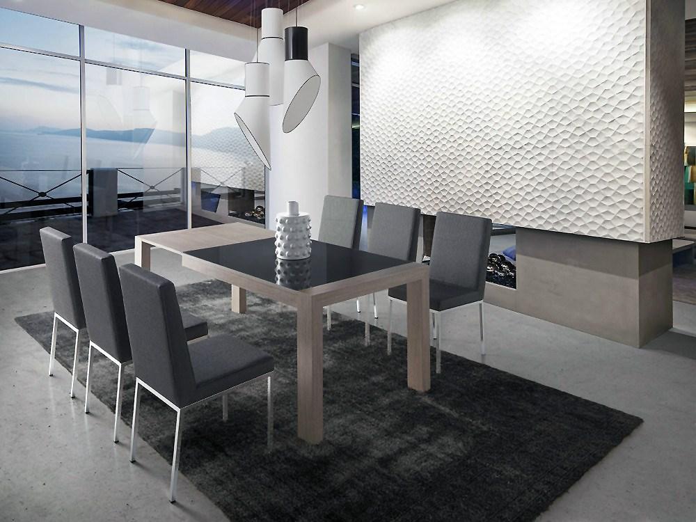 Pack compuesto por mesa de comedor y cuatro sillas for Comedor cuatro sillas