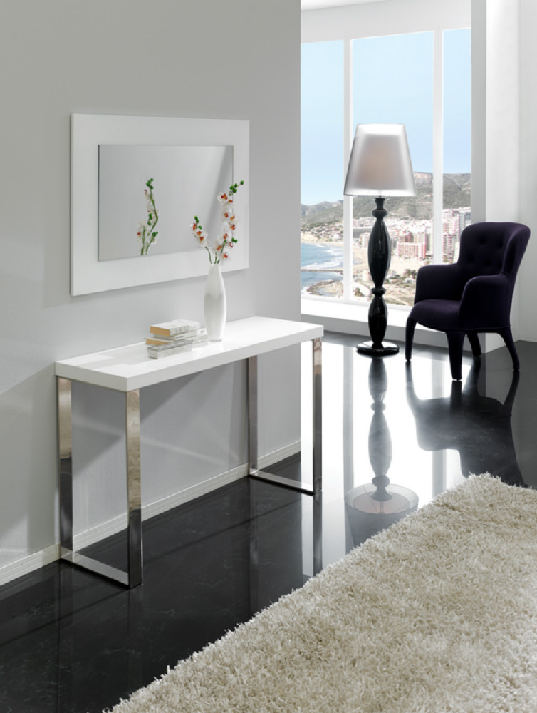 recibidor de estilo moderno formado por espejo y consola. Black Bedroom Furniture Sets. Home Design Ideas